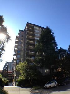 Big studio apartment West End (600 s.f.) Downtown-West End Greater Vancouver Area image 3