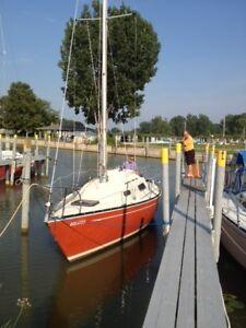 26' Sailboat.