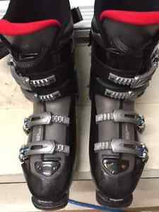 Mens Ski boots  size 9 or 27.0   318 mm  $115  OBO West Island Greater Montréal image 2