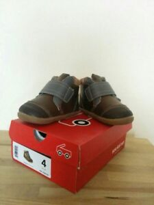 See Kai Run LIKE NEW baby leather boots with box SIZE 4