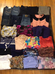 Women's Sz Small clothing lot