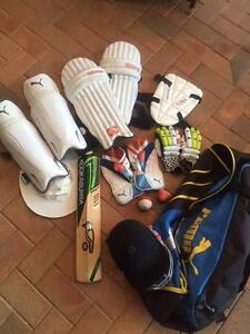 Set of Cricket Gear Victoria Point Redland Area Preview