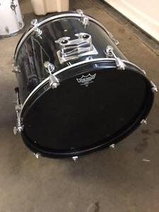 "Black Kick Drum 22"""