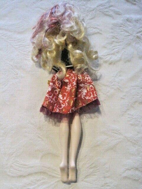 Ever After High School Spirit Apple White Doll Original Dress, Jacket Earrings - $18.99