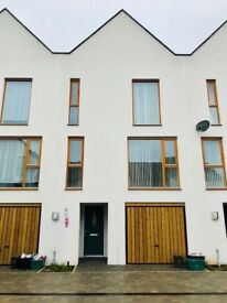 Brand NEW 4 bed townhouse