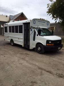 2005 Chevrolet Wheelchair accessible bus
