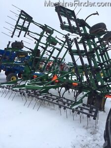 2004 John Deere 980 Cultivator Kitchener / Waterloo Kitchener Area image 5