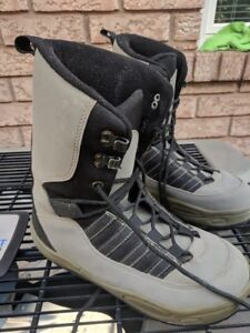 Snowboard Boots Grey Size 10