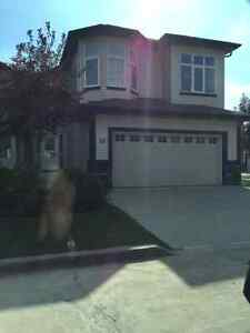 Duplex bi-level condo 4 bedroom 3 bath Rutherford