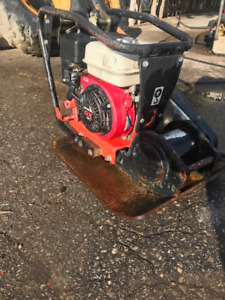 Plate tamper w/honda, Wet stone saw