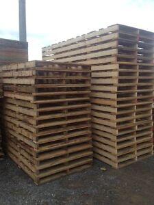 Meuble palette de bois acheter et vendre dans grand - Trouver des palettes en bois gratuites ...