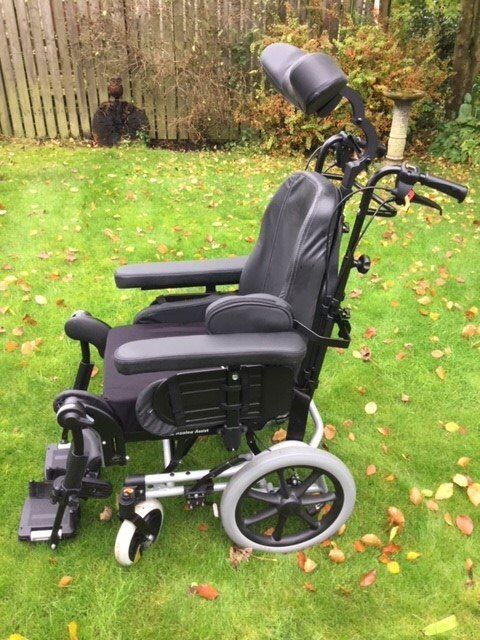 Invacare Rea Azalea Manual Wheelchair - Black in 'as new' condition