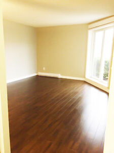 Timmins 3 Bedroom Apartment for Rent: 860 Suzanne St.