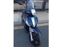 2014 Piaggio Beverly ST 350 Sport Touring in Blue great condition