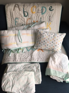 Pottery Barn Crib Bedding Set - Rowan