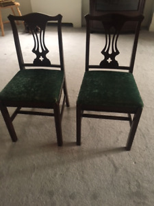 Lovely pair of matching mahogany chairs