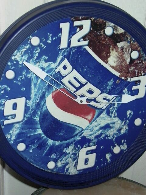 PEPSI Soda Advertising Sign Clock