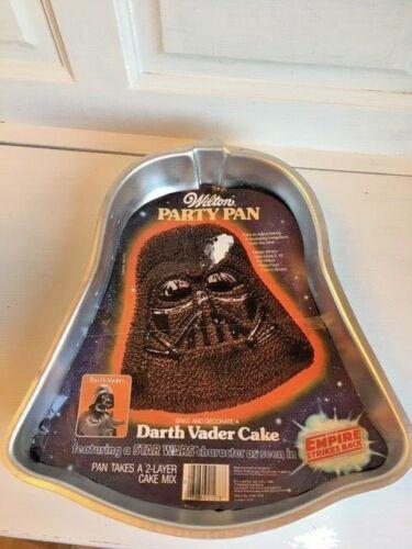 Darth Vader  Wilton Character Shaped Cake Pan NEW