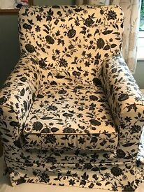 Stylish patterned Armchair, very good condition