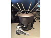 CAST IRON FONDUE SET