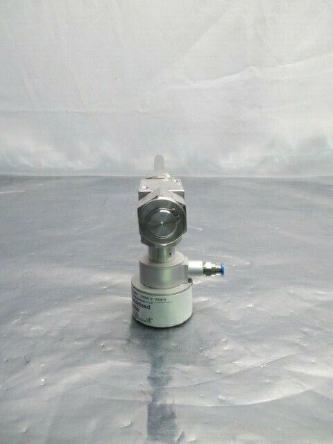 Swagelok SS-8BK-VCR-1C Deionised Water Bellows Valve Assembly, 100048