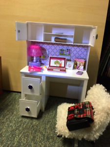 """Complete Bedroom Set for 18"""" Doll in great condition"""