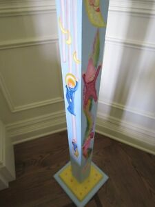 OLIVIA*** COAT HANGER HAND PAINTED by artist for GIRLS BABY ROOM West Island Greater Montréal image 6
