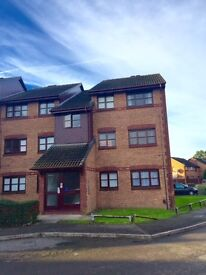 Spacious 3 Bedroom Apartment to Rent in Lowry Crescent in Mitcham