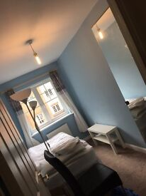 Newly refurbished single room with en suite