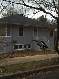 6126 Regina Terr 5 bedroom/May- perfect for engineering students