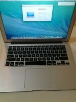 "Macbook Air 2012 13"" with i5 1.8GHZ +128GB + 4GB + OFFICE"