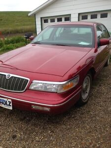New Lower Price!  Great condition '97 Grand Marquis LS Sedan