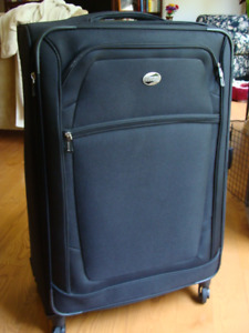LUGGAGE - Only used ONCE!