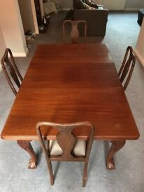 Victorian Dining Table with Claw Feet