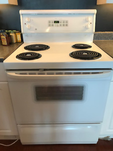 GE Range, white,  excellent condition