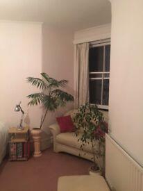 Room to rent in W14