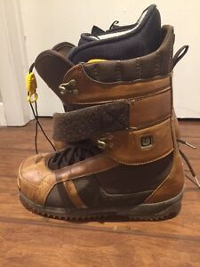 FOR SALE: Burton Freestyle Snowboard Boots