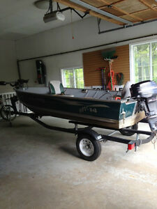 Used 2007 Lund Boat Co 14' Lund fishing boat