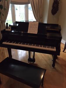Mason Risch Baby Grand piano