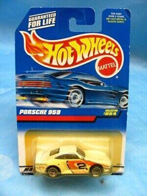 1997 Vintage Hot Wheels Collector #854 PORSCHE 959 White 1/64 on Card
