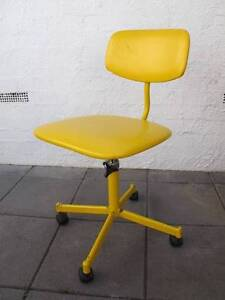 Retro yellow swivel chair - $20 Capital Hill South Canberra Preview