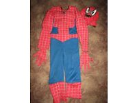 Reversable Spiderman outfit age 5/6