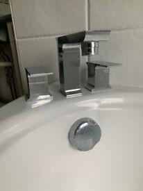 3 Hole- Bath Taps