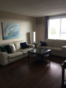 Female Roomate Wanted! All-inclusive room for rent.