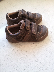 Stride rite shoes size 8.5