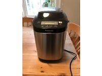 Panasonic breadmaker, hardly used, excellent condition