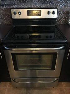 Frigidaire Stainless self clean smooth top stove oven range