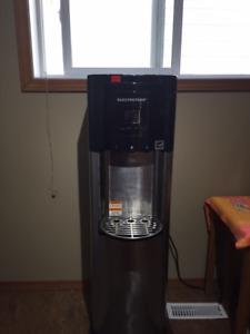 Water Cooler & Water