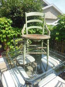 old chair (vintage chippy green) London Ontario image 3
