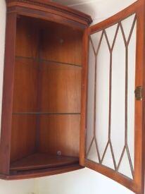 Wall mounted corner display unit